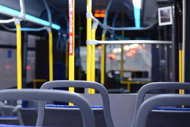 otobüs le boynuz dökmek için