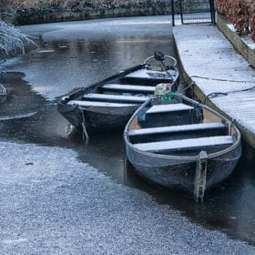 winter in giethoorn sloep
